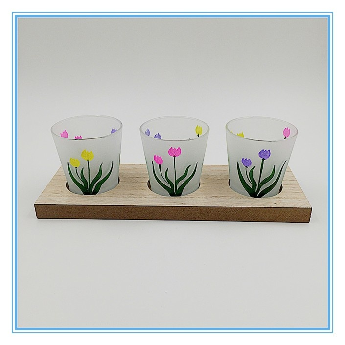 Set of 3 glass vintage candle holders with flower pattern for restaurant